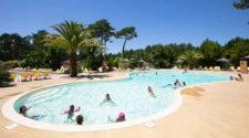 Campsites with swimming pool