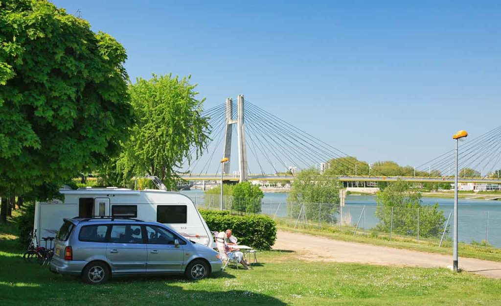 Camping in Burgundy