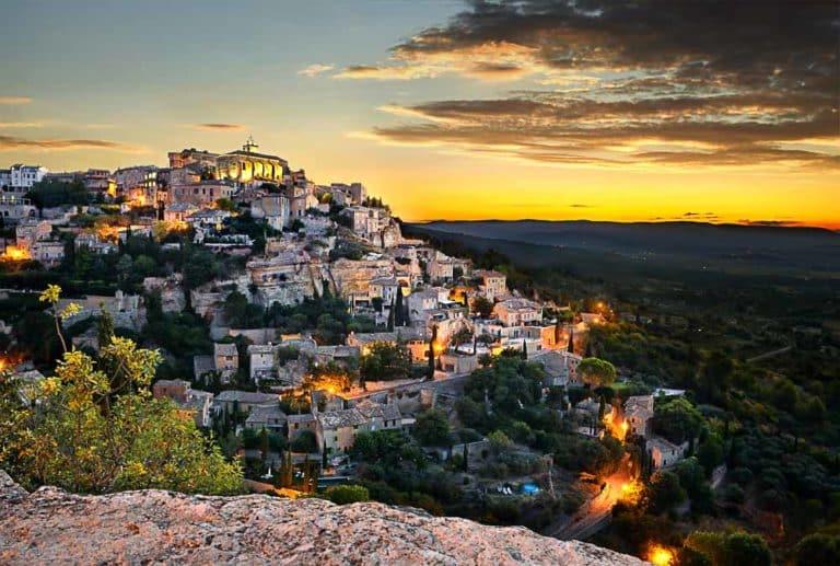 Camping à Gordes en Provence